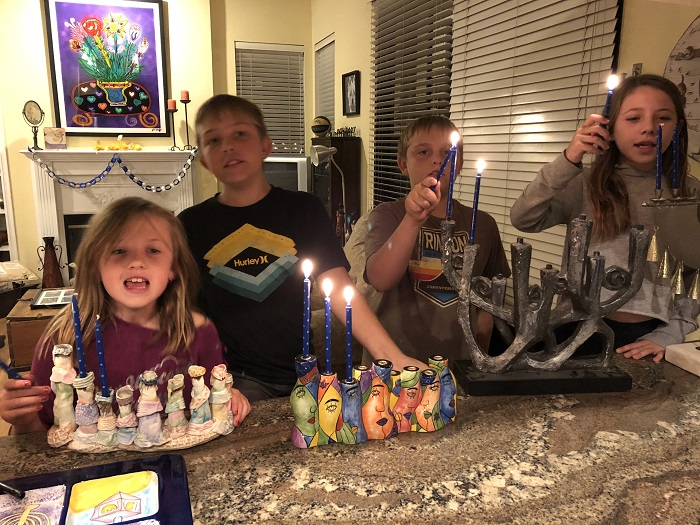 Traditions Hanukkah